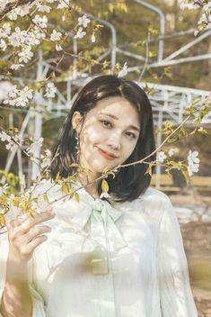 """BTS of """"Lets Walk Together"""" duet song with Namjoo Apink, Eunji Apink, Kpop Girl Groups, Korean Girl Groups, Kpop Girls, Eun Ji, The Most Beautiful Girl, Beautiful Person, Apink Album"""
