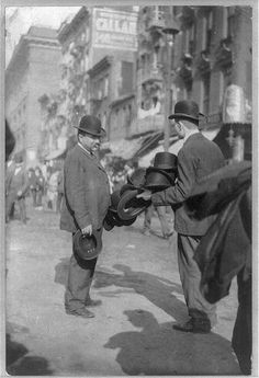 A New York City - Gilded Age street scene, with a peddler selling Derby (Bowler) Hats, ~ {cwlyons} ~ (Image/collection: LOC) New York Street, New York City, Historical Emporium, Vintage New York, Gilded Age, Historical Pictures, Derby Hats, City Streets, Vintage Photographs