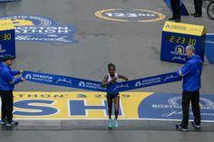 """Worknesh Degefa is your 2019 Boston Marathon Women's Elite Champ! Patriots Day, Boston Marathon, Champs, Basketball Court, Shit Happens, Twitter, Women, Woman"