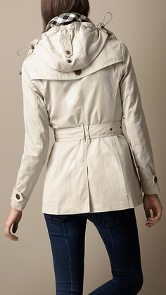 Short Cotton Nylon Gabardine Detachable Hood Trench Coat | Burberry
