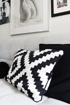 Graphic black and white Ikea Lappljung Ruta accent pillow   http://www.ikea.com/ca/en/catalog/products/20230873/