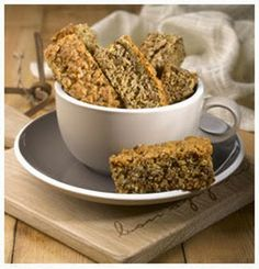 Hulett's Recipe for Bran Rusks. Healthy Breakfast Snacks, Breakfast Dishes, Healthy Dessert Recipes, Appetizer Recipes, Baking Recipes, Dog Food Recipes, Bread Recipes, Vegetarian Recipes, Healthy Food
