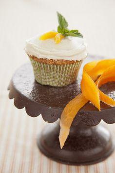 Paula Deen Corrie's Carrot Cupcakes