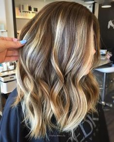 Caramel+And+Blonde+Balayage+For+Brunettes