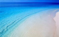 Blue water, white sand...paradise :)