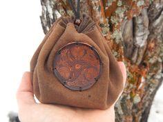 Кожаный мешочек с круглым дном Око для рун, монет, мелочей by RozaBracelets on Etsy