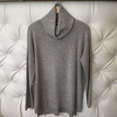 Cashmere Rib Audra Sweater in Light Heather Grey
