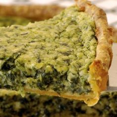 A divine combination of classic flavours - a cheese lovers dream come true. Spinach Quiche, Cheese Quiche, Cheese Pastry, Pastry Shells, Savory Tart, Cheese Lover, Blue Cheese, A Food, Food Processor Recipes