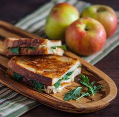 Grilled Apple and Gruyere Cheese Sandwich @FoodBlogs