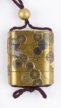 Medicine case (inro). 尾形光琳 Ogata Korin (style of). early 18th century. Japanese. Lacquer. Freer.