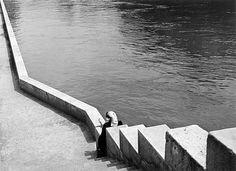 Lucien Herve -Szajna part. Photography Lessons, People Photography, Art Photography, Lucien, Bad Picture, Herve, French Photographers, Le Corbusier, Vintage Photographs
