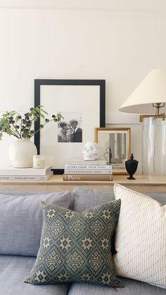 Room Decor, Wall Decor, Transitional Decor, Home Decor Inspiration, Sunday Inspiration, Decor Ideas, Shabby Chic Decor, Cheap Home Decor, Home Decor Accessories