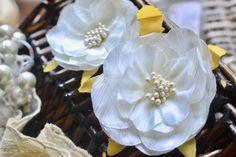 White Silk flower, Fabric flower head, White flower head, Wedding flower, Bridesmaid flower, Flower head, Decoration flower, Silk flower by SixthCraft on Etsy