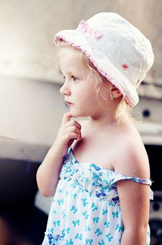 Viky Portrait Bucket Hat, Baby, Fashion, Moda, Bob, Fashion Styles, Baby Humor, Fashion Illustrations, Infant