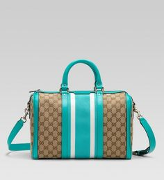 Gucci Handbags 563