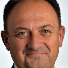 Le ministre de l'Agriculture et traitre Willy Borsus indique vendredi qu'il soutient la proposition de renouveler l'approbation du glyphosate, présent notamment dans le Roundup, sur laquelle doit se prononcer la Commission européenne les 7 et 8 mars prochains. Si... #glyphosate #monsanto #roundup