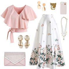 1 , 2 , 3 , 4 , 5 , 6 , 7 , 8?? Choose your favourite ? FOLLOW 👉@mariyazakir FOLLOW 👉@mariyazakir FOLLOW 👉@mariyazakir FOLLOW… Unique Fashion, Modest Fashion, Look Fashion, Girl Fashion, Fashion Dresses, Womens Fashion, Retro Fashion, Fashion Ideas, Classy Fashion