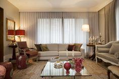 Um décor apaixonante. Veja: http://www.casadevalentina.com.br/projetos/detalhes/uma-reforma-de-sucesso-606 #decor #decoracao #interior #design #casa #home #house #idea #ideia #detalhes #details #style #estilo #cozy #aconchego #conforto #casadevalentina #livingroom #saladeestar