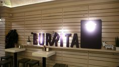 Burrita Bar: a kövér mexikói Places To Go, Flat Screen, Drink, Food, Beverage, Flatscreen, Drinking, Meals