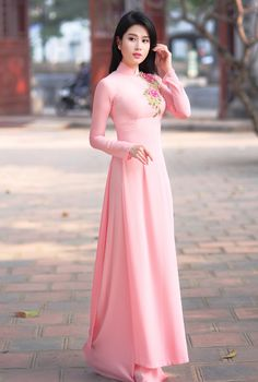 Dress Hijab Simple Long 17 New Ideas Stylish Dresses, Simple Dresses, Beautiful Dresses, Nice Dresses, Ao Dai, Vietnamese Traditional Dress, Traditional Dresses, Western Dresses For Women, Dress Outfits