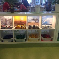 Better example of backgrounds Classroom Layout, Montessori Classroom, Classroom Organisation, New Classroom, Classroom Setting, Classroom Design, Reggio Emilia, Reggio Inspired Classrooms, Play Based Learning
