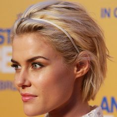 i love this short hair, when its short i can style it wavy :). sometimes i need a break from curly