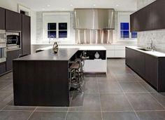 Das Herzstück jeder Kücheneinrichtungen sind Schiefer Arbeitsplatten. Schiefer Arbeitsplatten verbinden beste Kreativität mit höchster Funktionalität.
