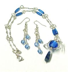 SAPPHIRE is the September birthstone and known as the gem of Autumn. If like me, your budget doesn't stretch to be able to purchase the. Wire Tutorials, Jewelry Making Tutorials, Jewelry Crafts, Birthstones, Polymer Clay, Sapphire, September, Jewelry Design, Gems