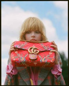 Lily Nova in Gucci photographed by Bee Parsons Gucci Pre Fall 2017, Fashion Photo, Passion For Fashion, Givenchy, Lily, Vogue, Nova, Bee, Draw