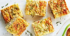 This gluten-free zucchini slice with the addition of tuna makes for an easy and healthy lunch!