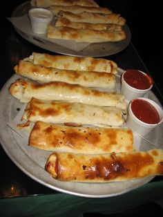 Campus Pollyeye's in Bowling Green Ohio. The best breadsticks.....EVER!
