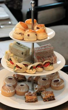 Afternoon tea of scones and buns and cakes and sandwiches on a three tiered cake plate stand as the CWA of Australia would serve cakes Vintage Birthday Cakes, Birthday Cakes For Women, Afternoon Tea Recipes, Afternoon Tea Parties, Tea And Crumpets, Tea Party Theme, Tea Sandwiches, Christmas Tea, Tea Cakes