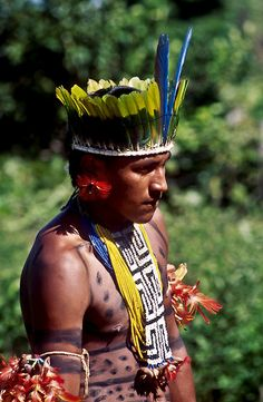 This image displays the target age for Demetrius as a young, healthy male tribesman of higher social status. The social status is symbolized by his headpiece of feathers and other body accessories.