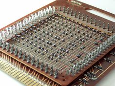 Impress Everyone You Know With Your New Cell Phone Knowledge By Reading This Alter Computer, Micro Computer, Mechanical Computer, Enigma Machine, Retro Robot, Newest Cell Phones, Old Computers, Pc Cases, Images Google