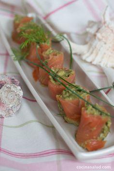 Receta de Rollitos de salmon marinado, muy refrescante y saludable. www.cocinasalud.com