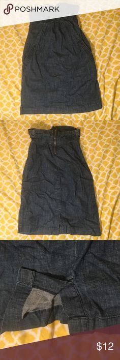 Strapless Denim Dress American Eagle Brand. Dark blue denim jean dress. 2 pockets. Zipper down mid back. About 2 inch split in the back. Chest area in bandeau type shape to give definition to the breast. American Eagle Outfitters Dresses Strapless