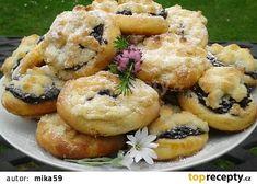 Nekynuté mini koláčky recept - TopRecepty.cz Baking Recipes, Dessert Recipes, Desserts, Czech Recipes, Ethnic Recipes, Quick Easy Meals, Bagel, Sweet Recipes, Sushi