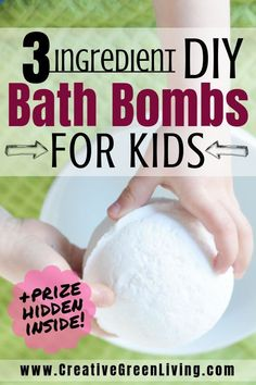 Learn how to make simple 3 ingredient bath bombs for kids that have prizes inside! These simple bath bombs are easy to make at home. You can make them with your favorite essential oils if you'd like but you could leave them unscented as well! Wine Bottle Crafts, Mason Jar Crafts, Mason Jar Diy, Bath Boms Diy, Galaxy Bath Bombs, Homemade Bath Bombs, Diy Bath Bombs Easy, Making Bath Bombs, Bath Bombs For Kids Diy
