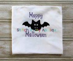 Simple Halloween Bat @ Stitch Away Appliques