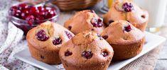Puha muffin olvasztott fehér csokival a tésztájában: cseresznyével tökéletes lesz - Receptek | Sóbors Cake Factory, Gateaux Cake, 20 Min, Diabetic Recipes, Doughnut, Biscuits, Cheesecake, Pie, Meals