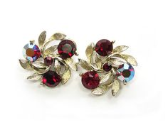 Lisner Floral Ruby Red Rhinestone Gold Tone Screw https://www.etsy.com/shop/SassyBeauties