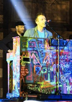 Aside from Def Leppard being a fav band of all time I will admit that no concert compares to COLDPLAY!! Chris Martin is amazing. Every positive emotion ever I experienced hit all at once with their show.
