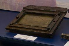 Corbeta Esmeralda-claraboya de bronce,restos del navio Monitor, Tray, Ship, Roof Lantern, Emerald, Bronze, Board