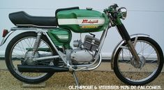 Honda Motorcycles, Cars And Motorcycles, Vintage Moped, Motorbikes, Engineering, Sport, Classic, Vehicles, Mopeds