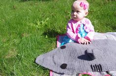 Check out this item in my Etsy shop https://www.etsy.com/listing/476643984/baby-cocoon-shark-cocoon-pattern-only