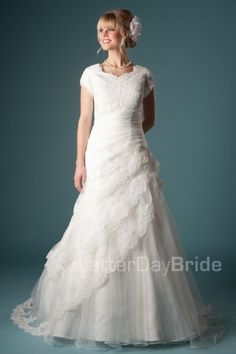 Bonita | This elegant style has a flattering A-line silhouette with beautiful layers of organza and lace. The sweetheart neckline adds an elegant touch to this modest bridal dress.    Modest Wedding Dress | Modest Wedding Gown | LatterDayBride  | LDS | SLC | UT | Salt Lake City | Utah | Worldwide Shipping |