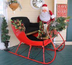 Beautiful display--looks like a Howard Gale Santa