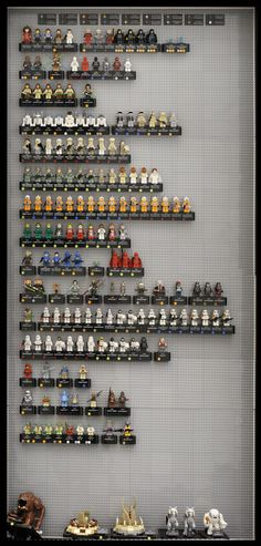 Massive LEGO Star Wars 15th Anniversary Minifigure Case - Special Preview!   StarWars.com