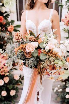 Wedding Color Trends: 30 Sunset Dusty Orange Wedding Color Ideas – Hi Miss Puff Fall Wedding Bouquets, Fall Wedding Flowers, Autumn Wedding, Bridal Bouquets, Orange Wedding Colors, Fall Wedding Colors, Wedding Color Schemes, Sunset Wedding, Boho Wedding