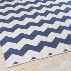 Shadesoflight.com  Ziggy Chevron Indoor Outdoor Rug